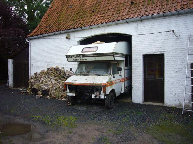 camping car gruau bedford page 2. Black Bedroom Furniture Sets. Home Design Ideas