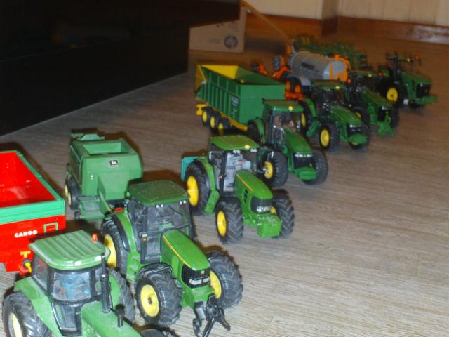 Miniature agricole 1:32 042w79
