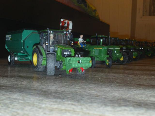 Miniature agricole 1:32 045yka