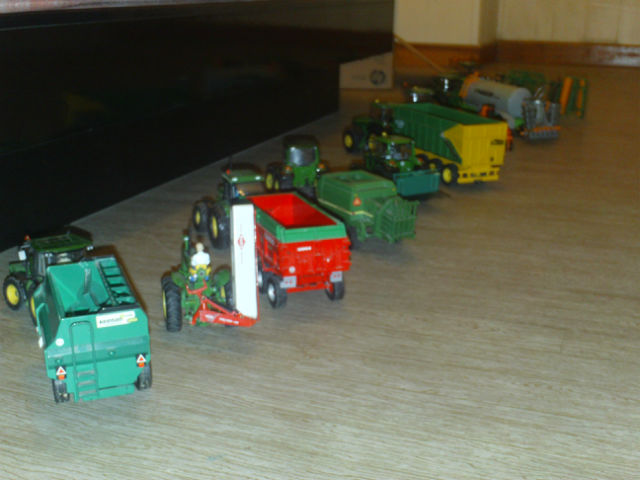 Miniature agricole 1:32 04grtv