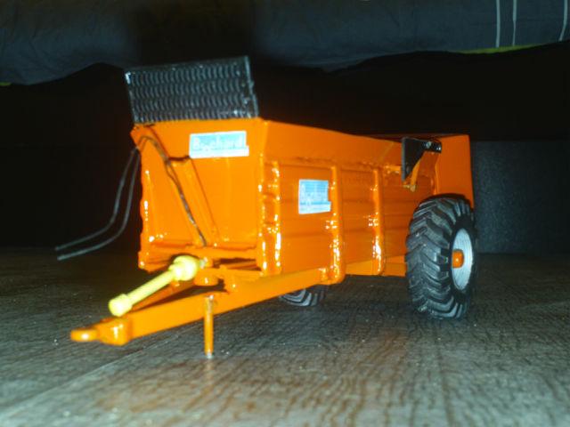 Miniature agricole 1:32 10ibtq