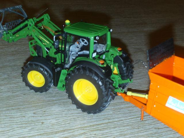 Miniature agricole 1:32 10nu42