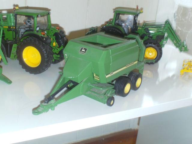 Miniature agricole 1:32 26fxka