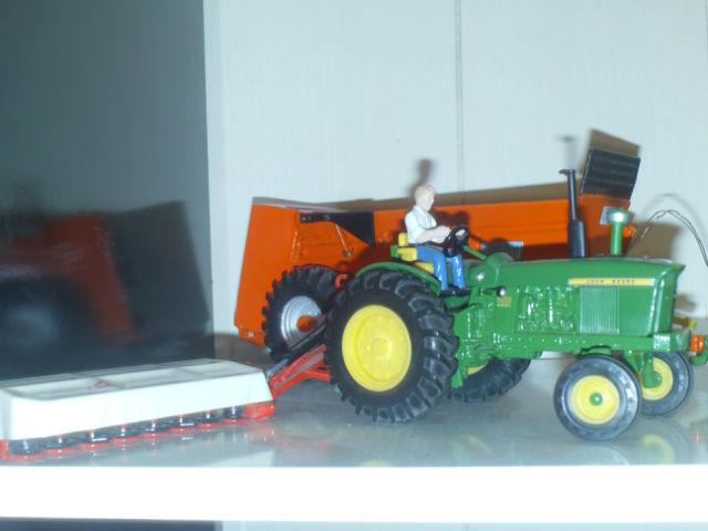 Miniature agricole 1:32 26i524