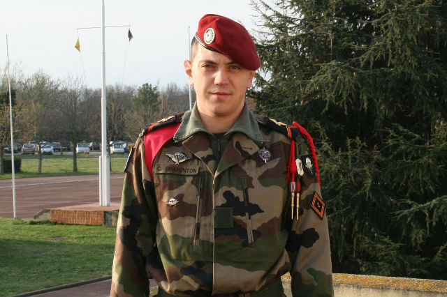 Un militaire du 1er régiment de chasseurs parachutistes tué au Mali 040chq