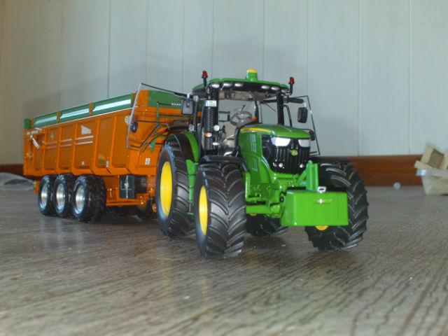 Miniature agricole 1:32 19a5pm