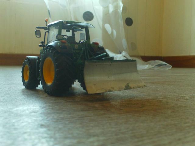 Miniature agricole 1:32 19a94o