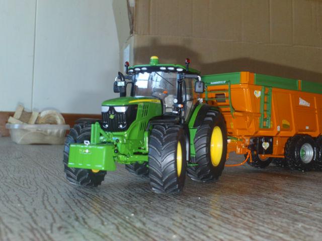 Miniature agricole 1:32 19h78i
