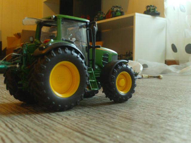 Miniature agricole 1:32 19hph0