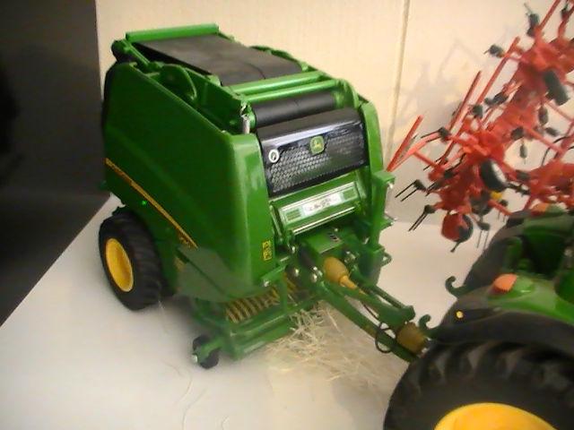 Miniature agricole 1:32 0832kf