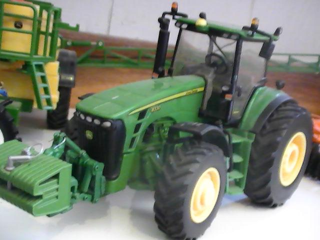 Miniature agricole 1:32 084j9z