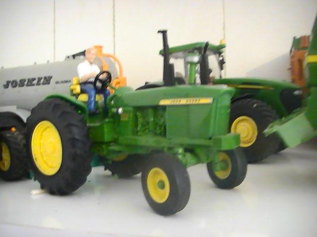 Miniature agricole 1:32 087gzk