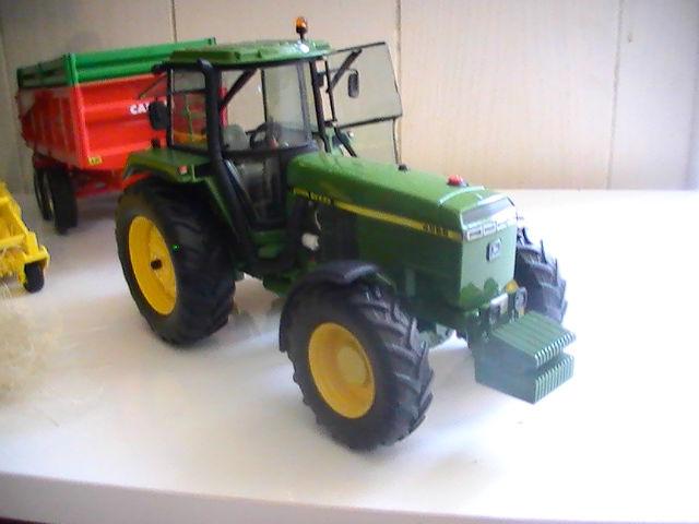 Miniature agricole 1:32 08c4rd