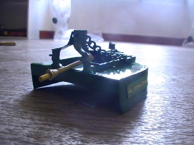 Miniature agricole 1:32 08fp9j