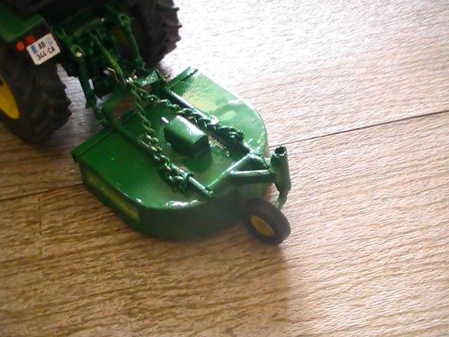 Miniature agricole 1:32 08lmnr