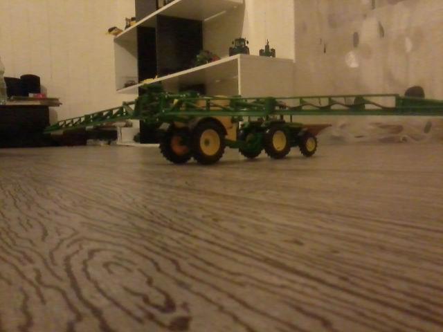 Miniature agricole 1:32 18exbk
