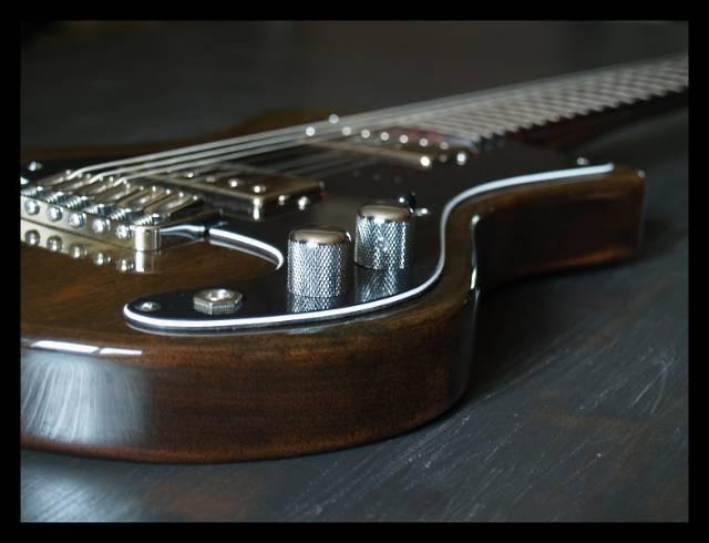 Gresunny 50 Pi/èces m/édiators de guitare pic de guitare avec bo/îte de rangement color/é m/édiators pour guitares acoustique guitare /Électrique basse ukul/él/é 0.58//0.71//0.81//0.96//1.20//1.50 mm